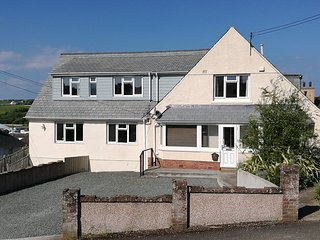 Large Holiday Home Rental, Bude, Cornwall. Hot Tub, Sauna, Spa room, Playroom.