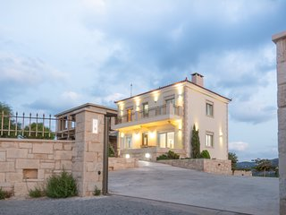 Luxurious villa in Agia Pelagia, Crete, Greece (4 bedrooms)
