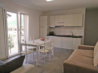 Residence Bravo - Appartamento vista lago 2+3