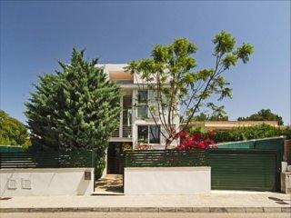 Wunderschöne moderne Villa BEACH&OCEAN in Strandlage, Free Wifi, toller Garten