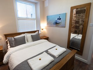The Harbour Tower - Superior 4 Star Self Catering Apartment
