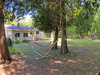 Inverhuron cottage (#1214)