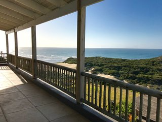Spectacular Views, Luxury Holiday Home