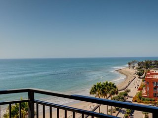 AWESOME BEACH VACATION FOR 16! 4 UNITS WITH PARTIAL OCEAN VIEW, POOL, PETS, GYM!