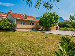 Holiday home V&M Kastela