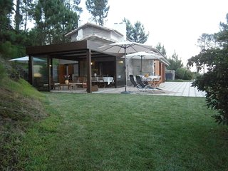 Villa(with 23700m2 green areas) at 40km from PORTO