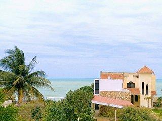 Beachfront Apartment in Progreso