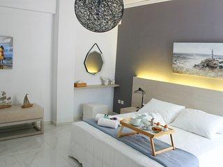 Apartment Socrates