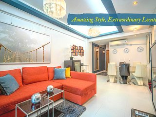 WORLD CLASS MALLS*LUXURY 3BED2BATH*CLEAN*MTR*SAFE