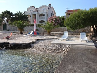HOLIDAY HOUSE WITH POOL BY THE SEA IN VELA LUKA KORCULA