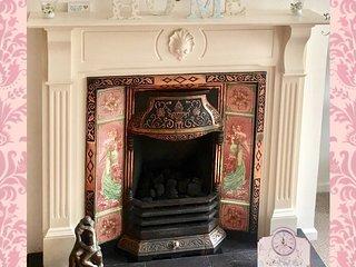 Child and pet friendly home in prestigious Upper Malone.