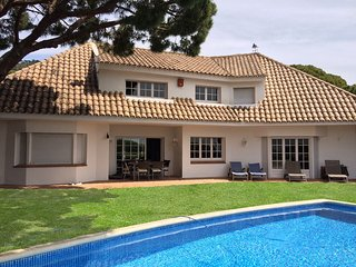 CAMI DE CABRERA - SPACIOUS AND COZY - Fantastic private house with pool and BBQ
