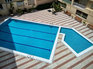 PINEDA - FACING THE SEA - Apartment on the beach with communal pool
