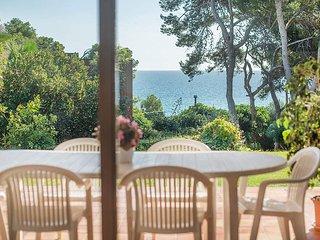 Villa Cossis beach