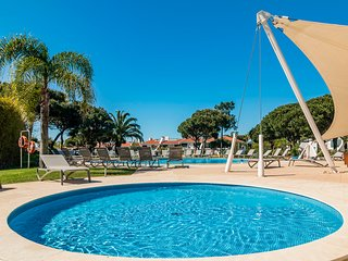 Vila Sol Resort 2 Bedroom Family Apartment, Quarteira