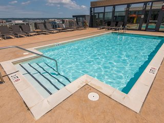 Global Luxury Suites at Fair St