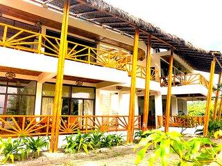 3-Robinson Crusoe's Paradise Tropical Beach