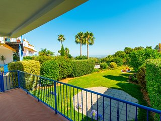 Stunning 4 Bedroom TownHouse with Great views