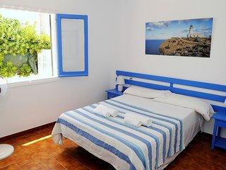 N2 Espacioso apartamento en la playa de dos habitaciones