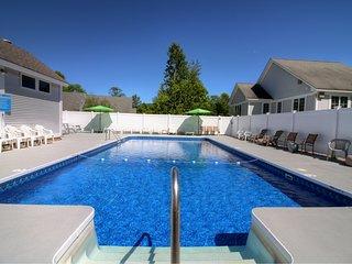 Suites at Killington: Luxury 2 BR Resort Ski Condo