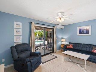 Waterfront 1-Bedroom apartment at Bahia Via Resort