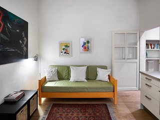 Butterfly - Romantic 1 bdr steps from San Marco, Florence
