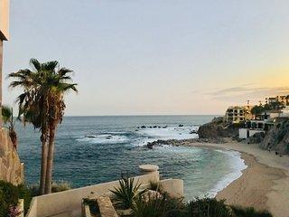 Spectacular Cozy Retreat Ocean View Apartment