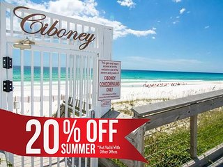 20% OFF Summer! Newly UPDATED Condo, Pool, Steps 2 Beach + FREE VIP Perks!!!!