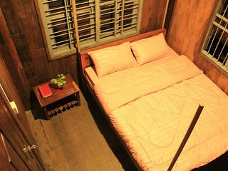 YI Family Homestay (Double Room 3)