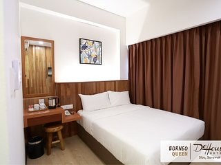 De House Hotel (Borneo Queen 1)