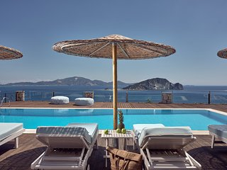 Serenus Villa Zakynthos | Luxury Villa with Pool