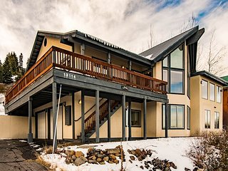 Charming Tahoe Donner Chalet in Truckee