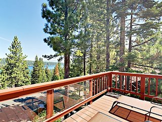 Charming Getaway w/ Spacious Deck, Fireplace & Lake Views - Near Parks & Beac