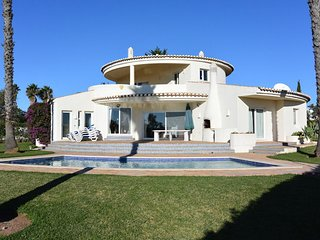 Casa Vale do Paradise