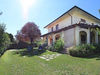 5 bedroom Villa in Forte dei Marmi, Tuscany, Italy : ref 5634455