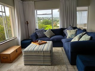 Mod self catering apartment close to the beach. Fully equipped for a happy stay.