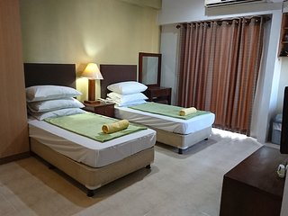 Torre Venezia | Spacious Condotel along Timog ave | 3 Adults