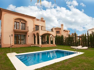 Villa Resina Golf Estepona