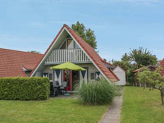 6 pers. holiday home with a large garden and sun all day