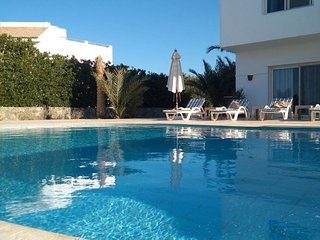 3 Bedroom White Villa , West Golf,