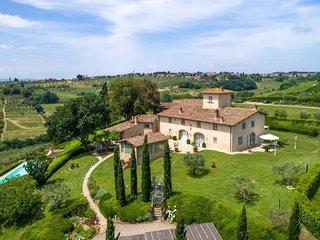 Villa Chianti Fornace with pool and spa in Tavarnelle Val di Pesa !
