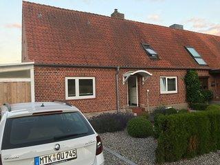 Baltic Cottage . Ferienhaus mit Ostseeblick 100m vom Strand fur Familie und Hund