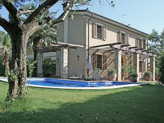 3 bedroom Villa in Federigi, Tuscany, Italy : ref 5634432