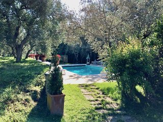Quaint apartment at Rapolano Bed & Breakfast with pool and breathtaking views!