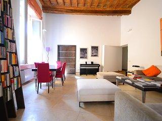 Navona Stylish Apartment