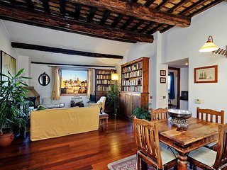 Piazza Mattei Terrace Apartment