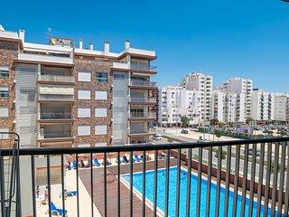 Vertigo White Apartment, Armação de Pêra, Algarve