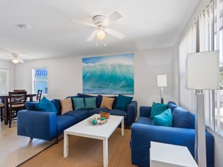 3 minutes from the Ocean, huge 2-bedroom apartment