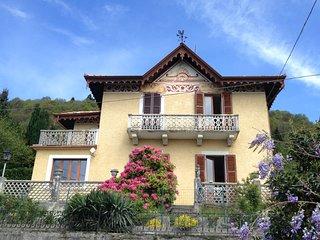 Villa aus dem 19. Jh mit spektakularer Seesicht