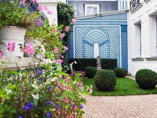 Grand appartement prive dans manoir d'exception a Paris